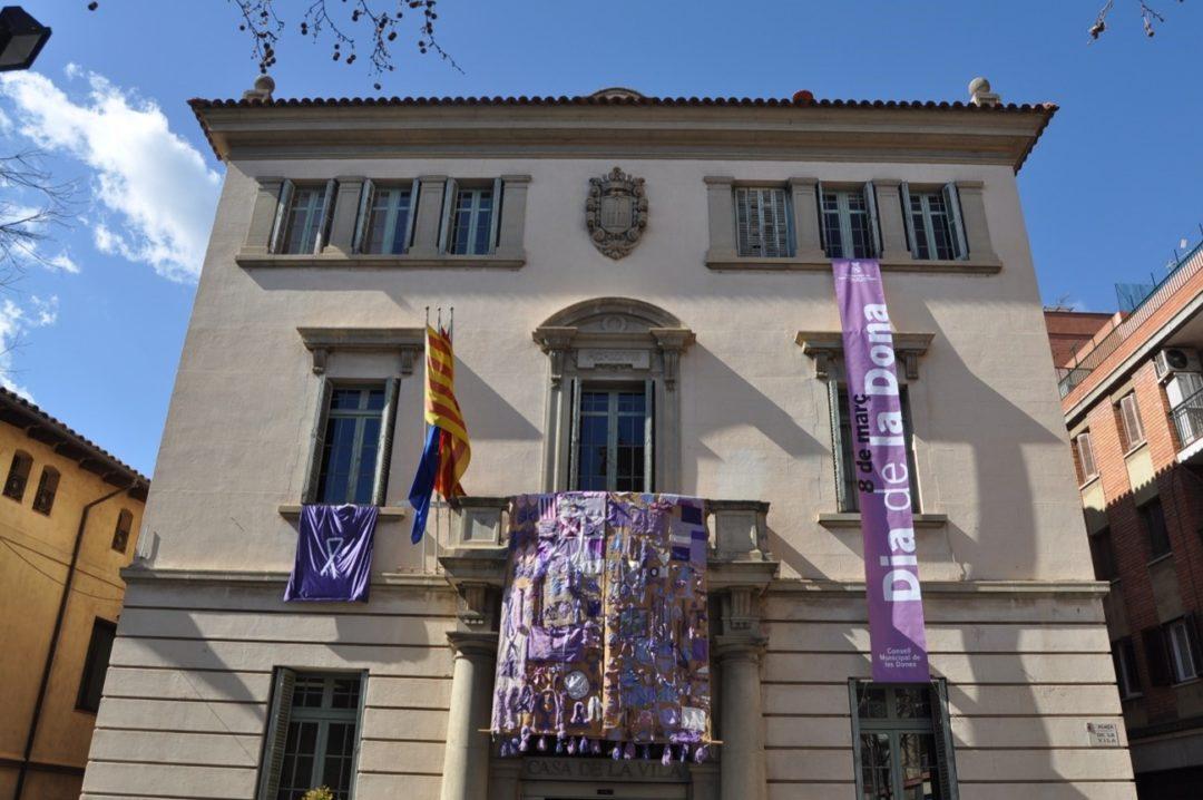Sant Feliu de Llobregat: Red de Mentoras. Contrato de servicios para la gestión, coordinación, ejecución y evaluación del programa Dones Mentores